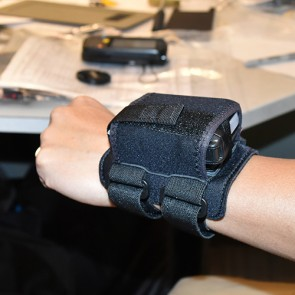 Wearable WristMount for RS6000